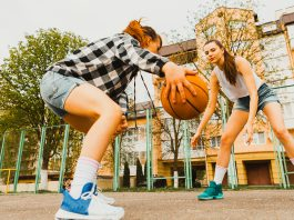 chicas-jugando-baloncesto